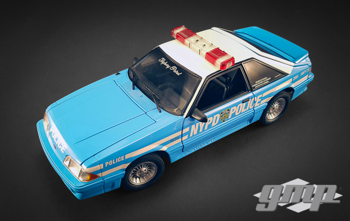 18812 - 1:18 GMP - 1:18 1988 Ford Mustang GT New York City Police Department (NYPD) Street Patrol